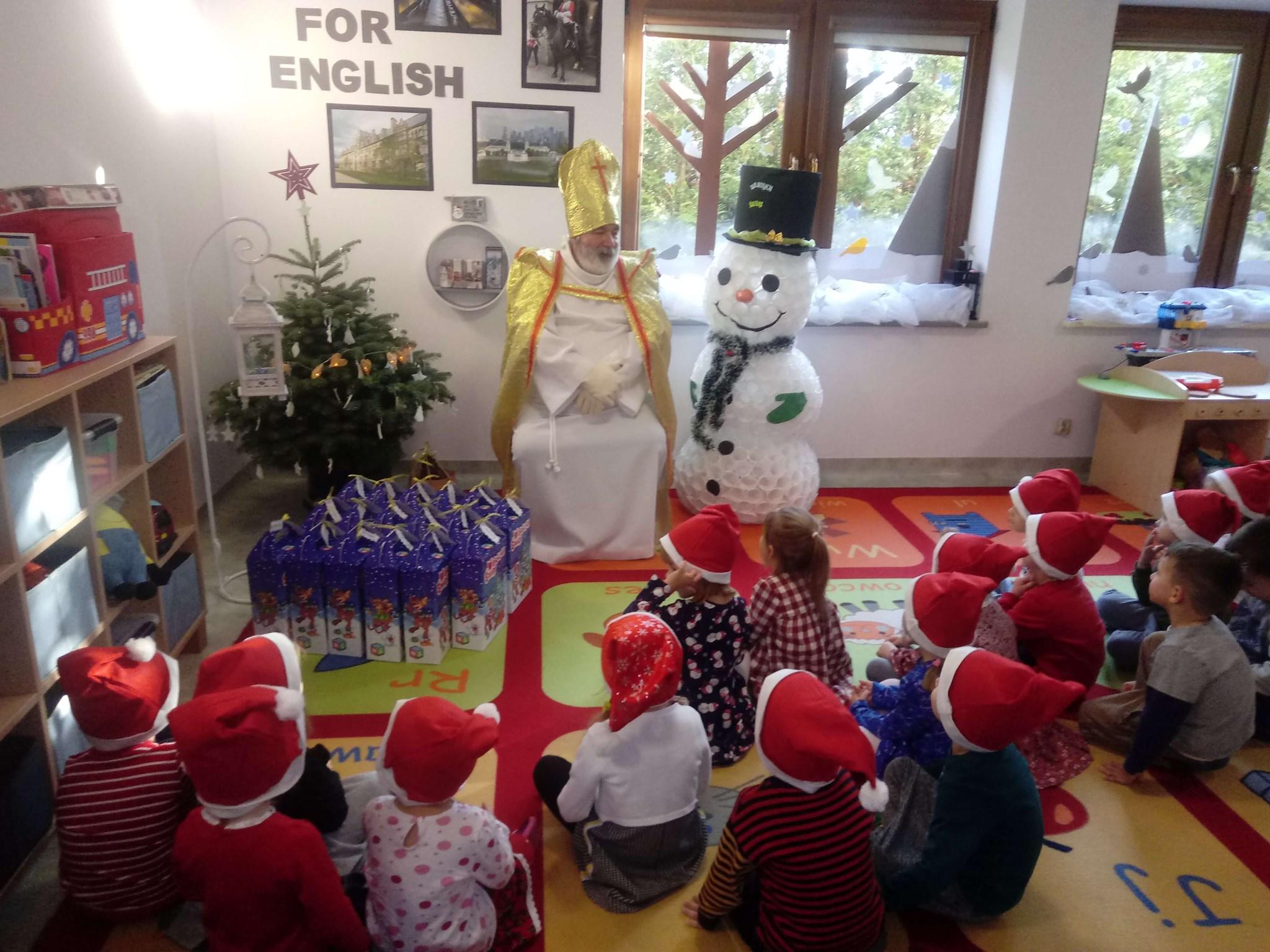 Santa Claus … w naszym dwujęzycznym przedszkolu
