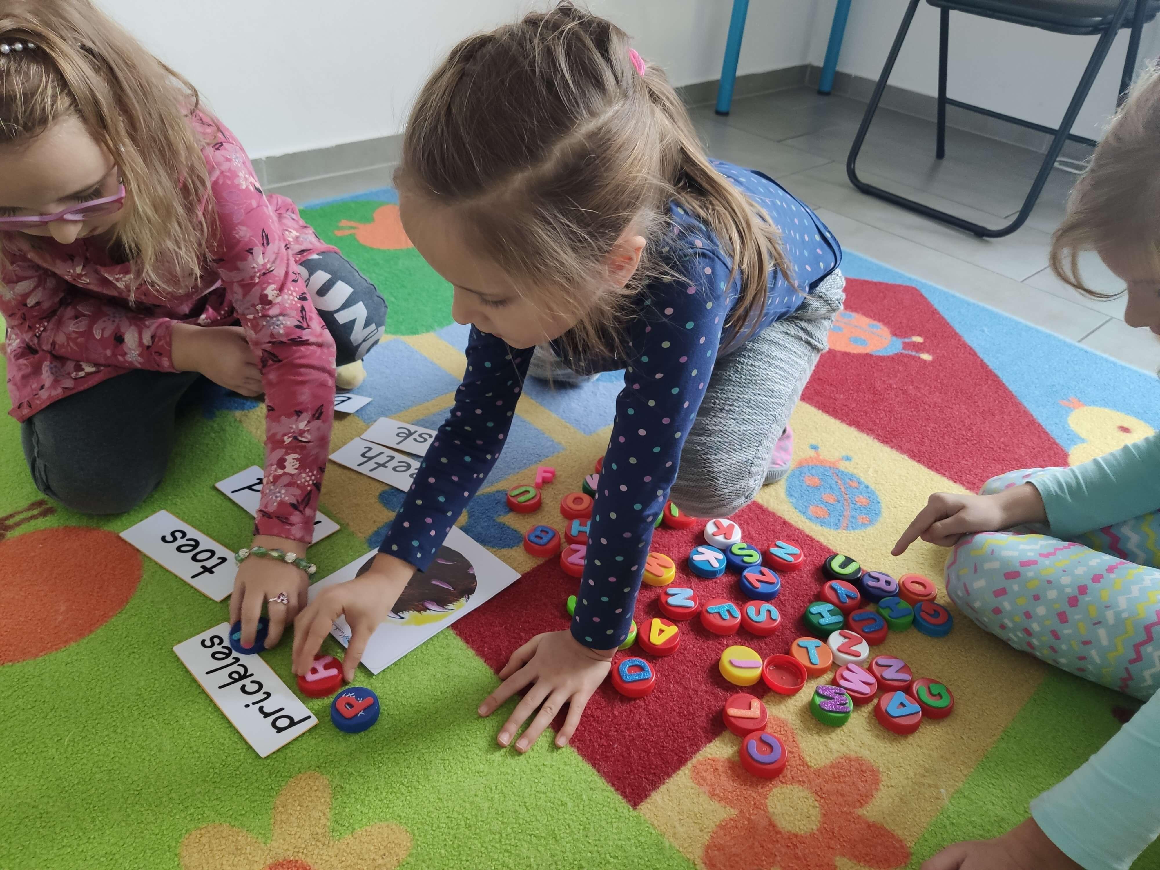 Nauka czytania i pisania w przedszkolu w Wieliczce -Tomaszkowicach